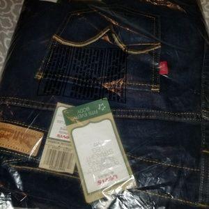 Levi's Jeans - Sz 24 Levi's Jean's straight leg NWT opened bag